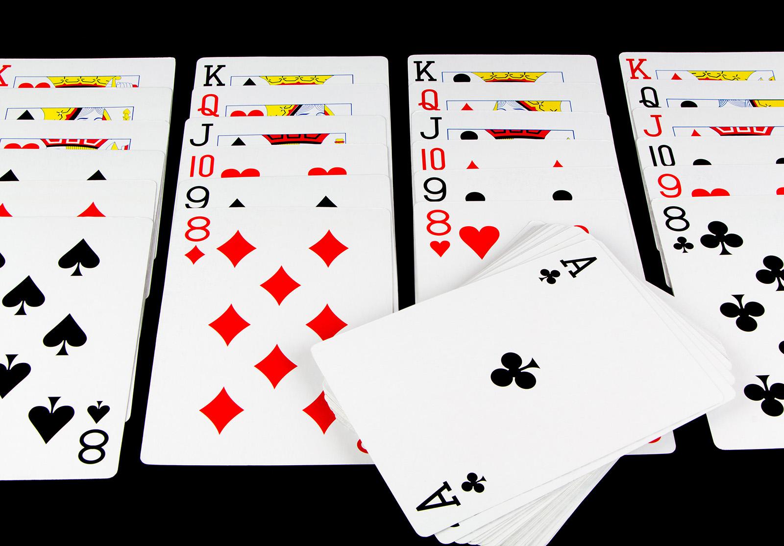 Matériel 1 jeu de 52 cartes sans joker Apprendre à s'occuper seul […]