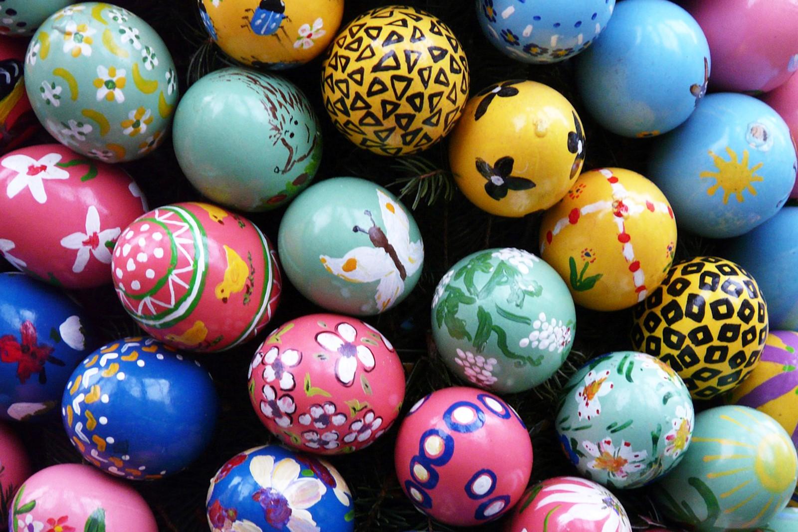 En Avril, les enfants sont impatients d'aller chercher les œufs de Pâques […]