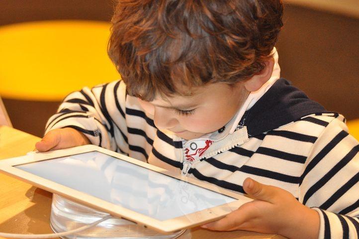 Vous souhaiteriez amener vos enfants à réaliser les tâches du quotidien sans […]