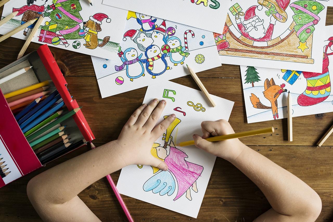 Le dessin fait partie des premières activités récurrentes pour les enfants dès […]