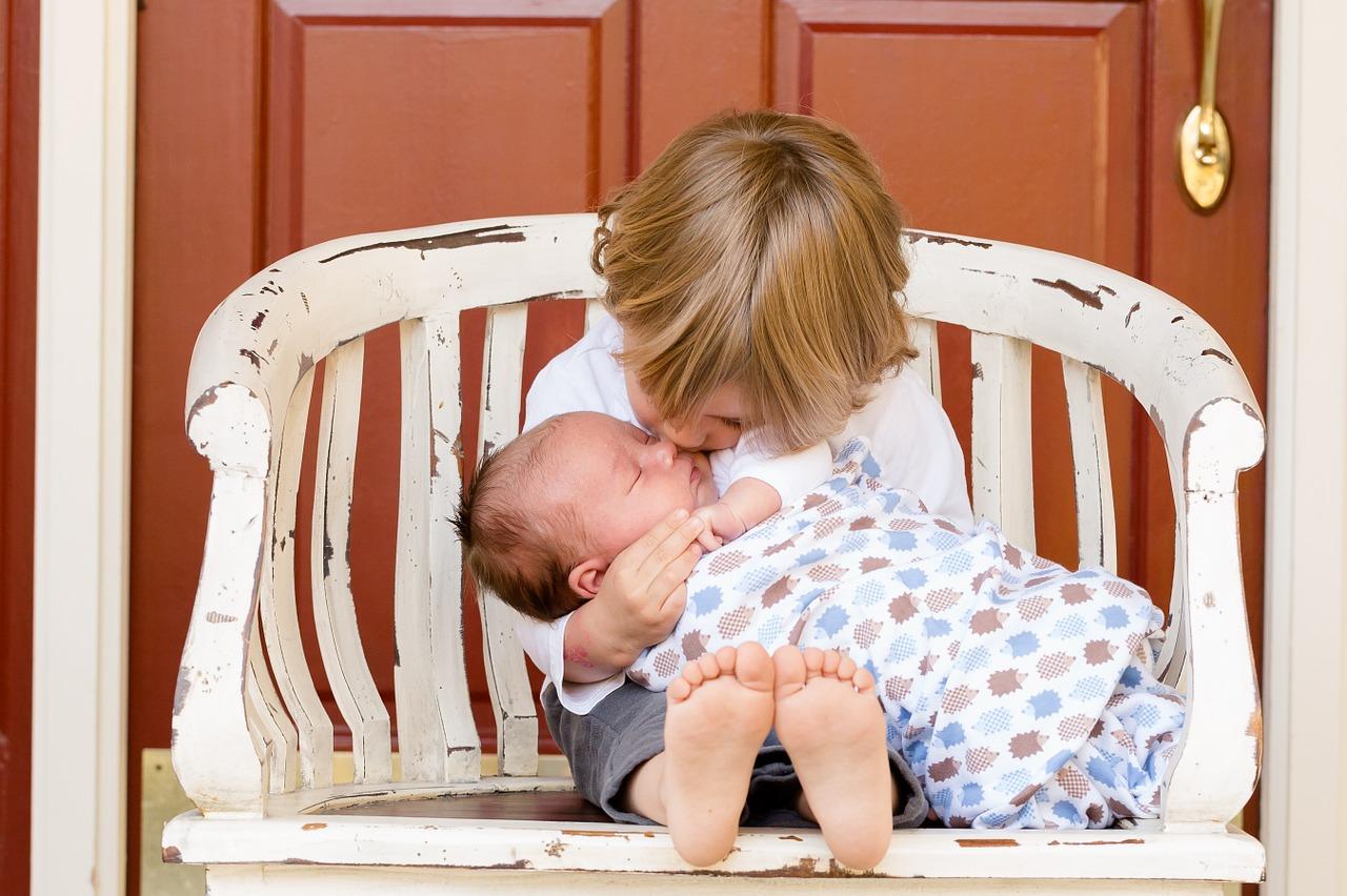 Un nouvel enfant dans la famille et l'équilibre est modifié. Parfois jaloux, […]