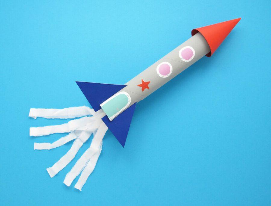 Fusée en papier, idée d'activité pour enfant