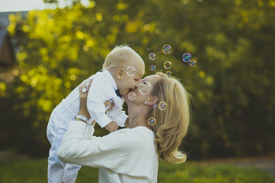 Faites garder vos enfants si vous êtes une maman solo avec des horaires décalés